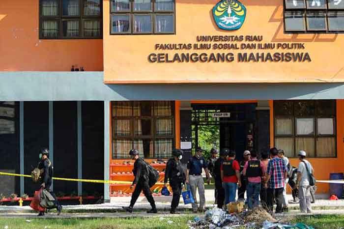 Peneror Polda Riau Ternyata Pernah Pesan Bom kepada Terduga Teroris di Unri