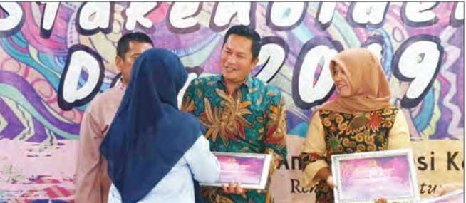 BPKAD Raih Penghargaan Kelola Dana Desa Terbaik