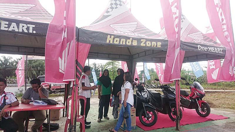 Booth Honda Bertabur Diskon dan Hadiah Menarik