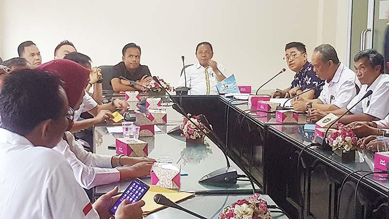 KONI Pekanbaru Sharing ke KONI Riau