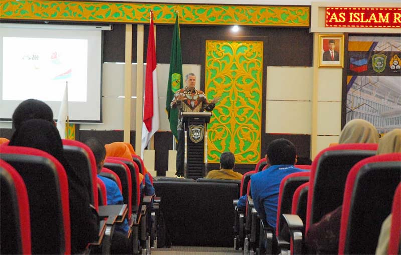 Executive Director PT CPI Berikan Kuliah Umum di UIR