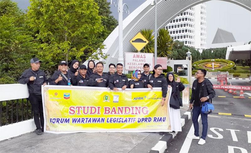 FWL DPRD Riau Studi Jurnalistik ke Negeri Jiran