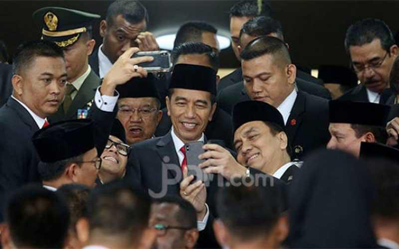 Candaan Jokowi ke Surya Paloh Bisa Berujung Reshuffle Kabinet