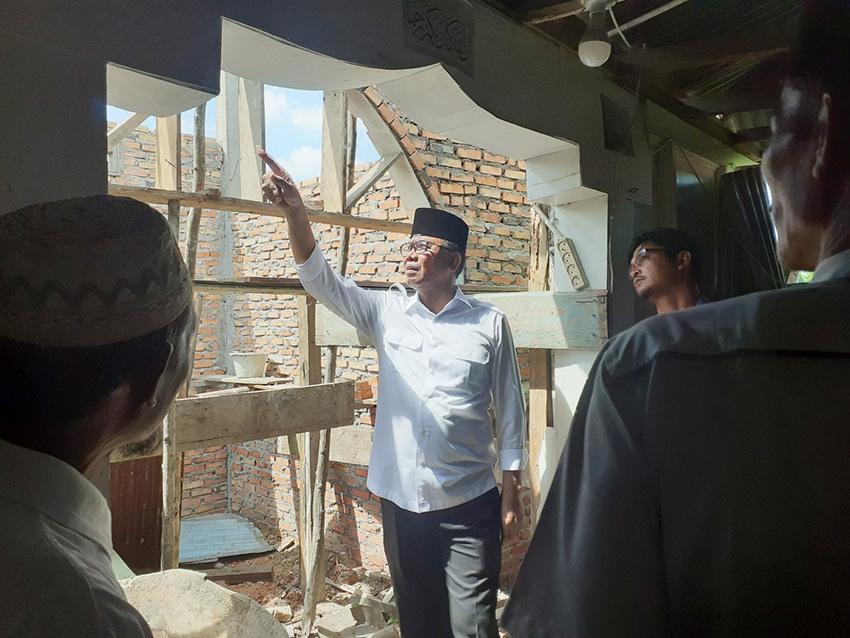 Bupati  Suyatno Tinjau Kondisi Musala dan Masjid di Bagan Hulu