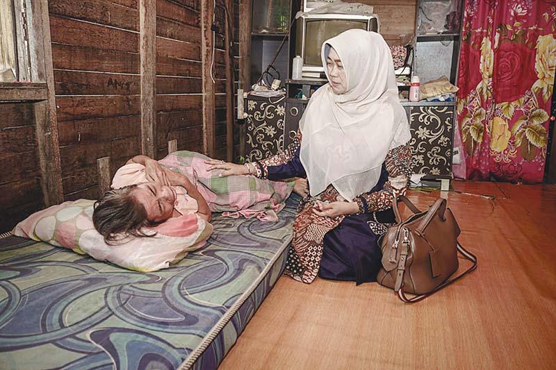 Dra Hj Rasidah Alfedri, Wanita Cerdas dan Bersahaja Sosok Pendamping Bupati Siak Alfedri