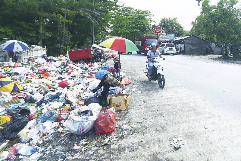 Tumpukan Sampah Rusak Nilai Estetika