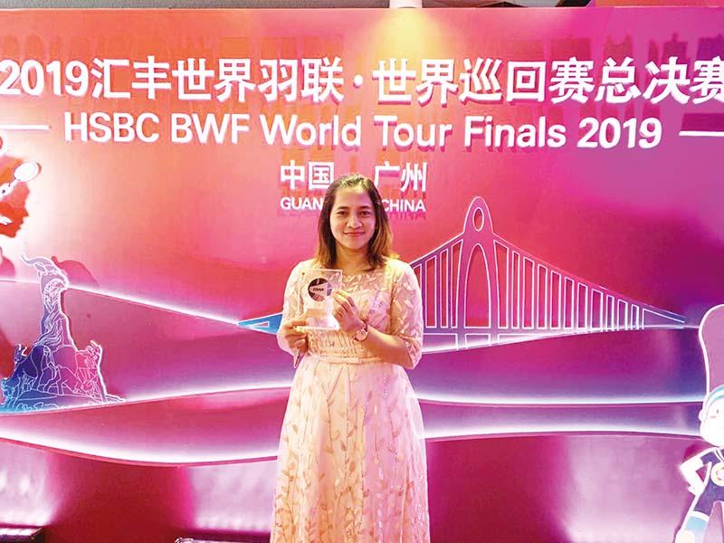 Leani Ratri Raih Penghargaan Putri Terbaik BWF 2019