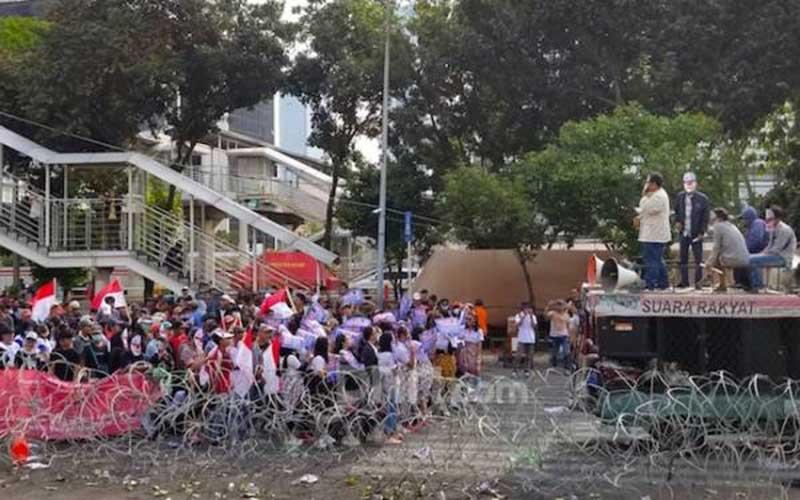 Ada 'Joker' Ikut Demo Tertawakan Penyeru Perppu KPK