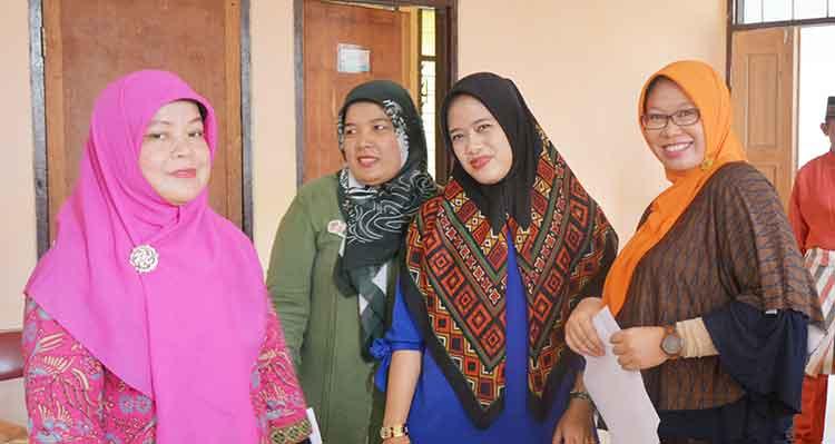 Peneliti Balai Bahasa Riau Jadi Pembicara di Diklat LIPI