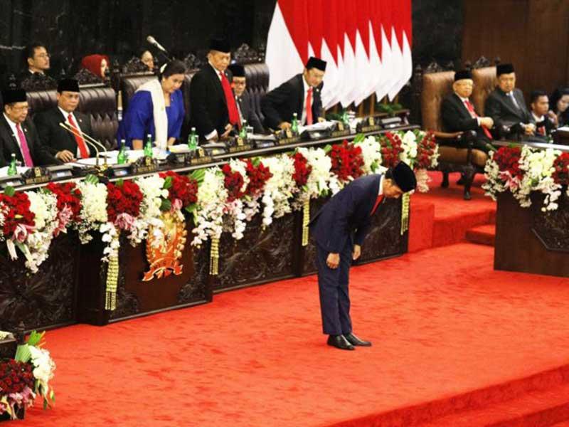 PDIP Larang Jokowi Pilih Menteri yang Pakai Topeng Kekuasaan