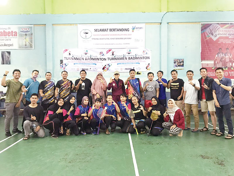 65 Tim Ramaikan Turnamen PB STIKes HTP CUP 1
