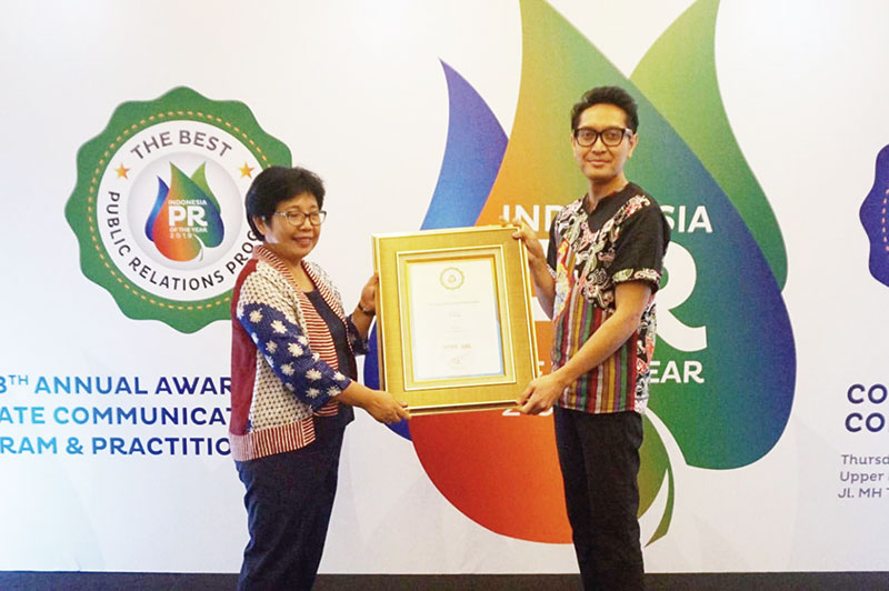 SHARP Indonesia Raih Dua Penghargaan PR of The Year 2019