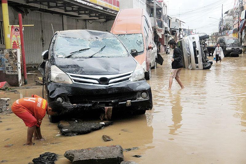 Banjir Jabodetabek Renggut 30 Nyawa