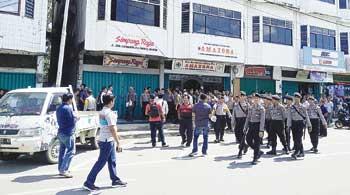 Eksekusi RM Simpang Raya Dikawal Polisi