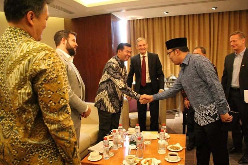 Wako Hadiri MoU Bantuan Tranportasi Untuk Indonesia dari Eropa