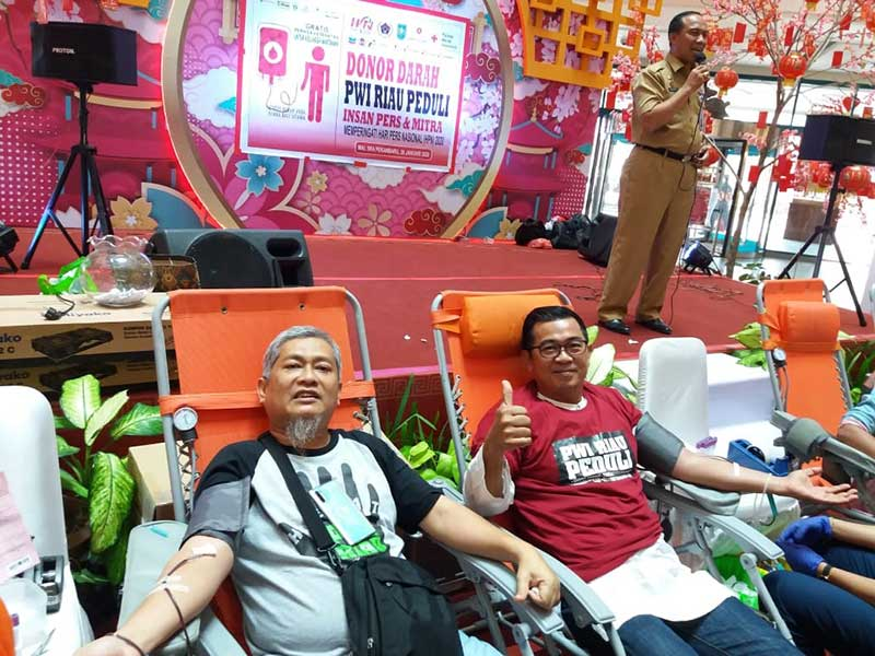 Aksi Donor Darah PWI Riau Kumpulkan 96 Kantong Darah