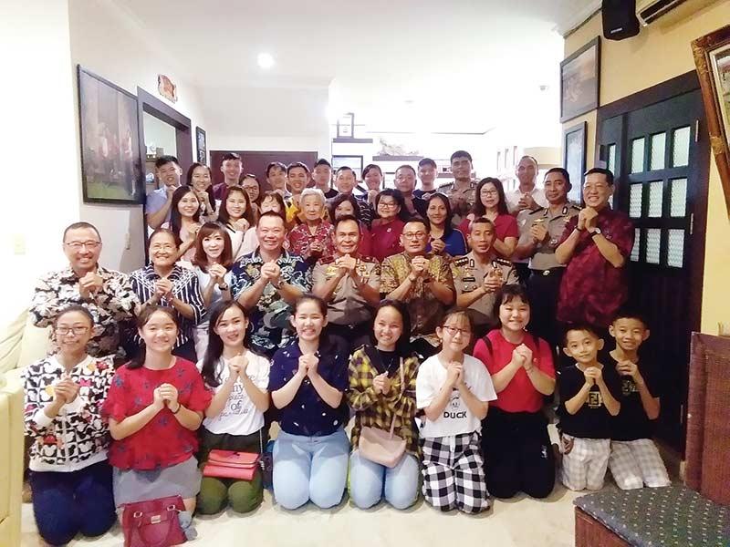 Ketum dan Ketua DP PSMTI Riau Gelar Open House Imlek