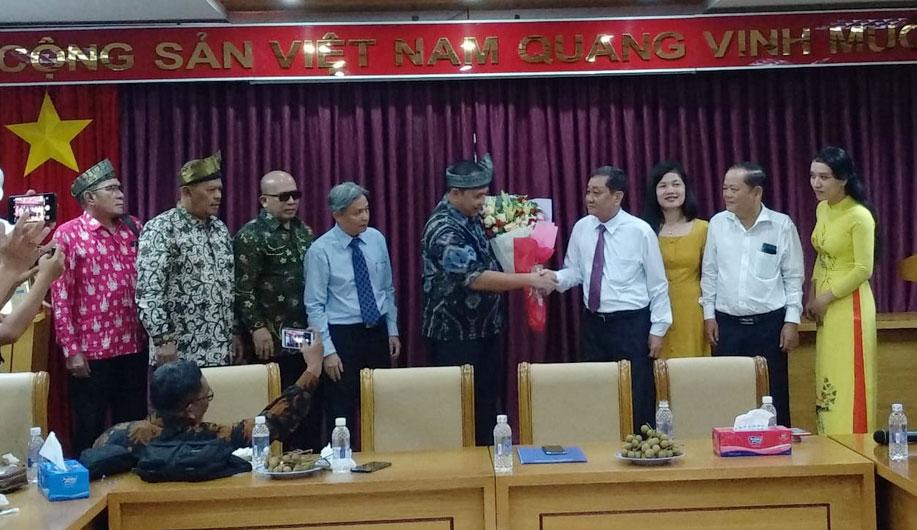 Silaturahmi ke Kantor VJA di Ho Chi Minh City