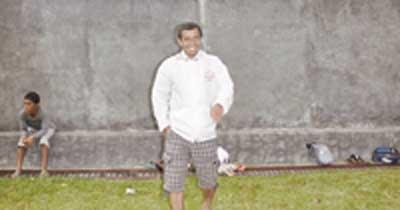 Gusnedi Dampingi Hendri Susilo