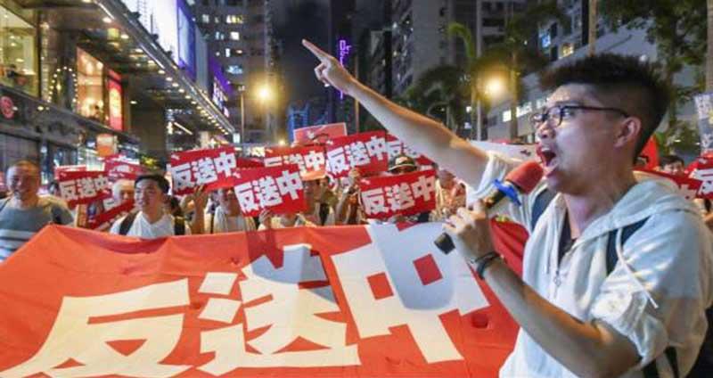 Demonstran Hong Kong Serang Toko Milik Pengusaha Tiongkok Daratan