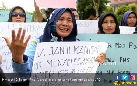 Kalau Jokowi Tidak Bisa, Beri Prabowo Kesempatan Selesaikan Honorer K2