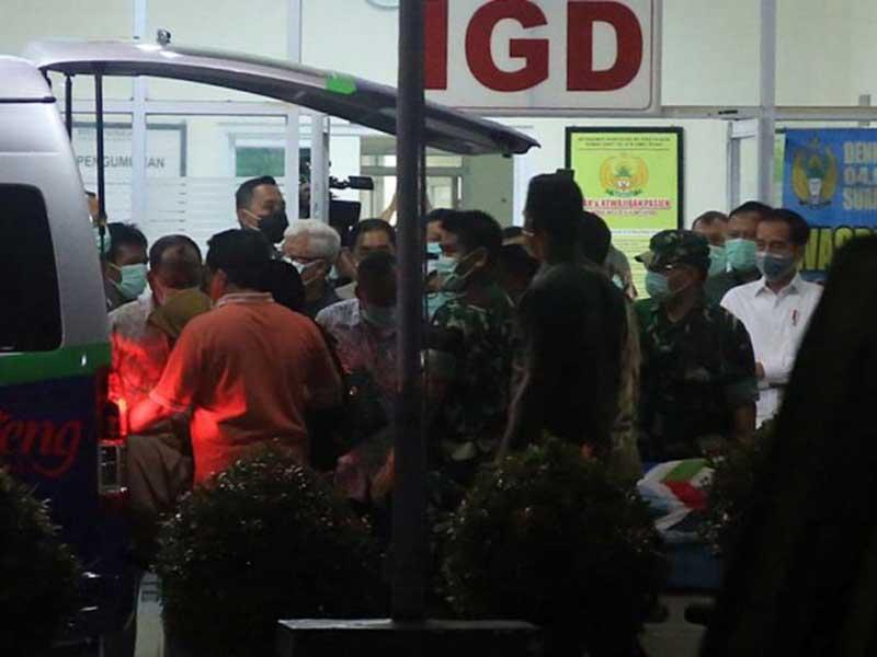 Siang Ini, Ibunda Jokowi Dimakamkan di Karanganyar