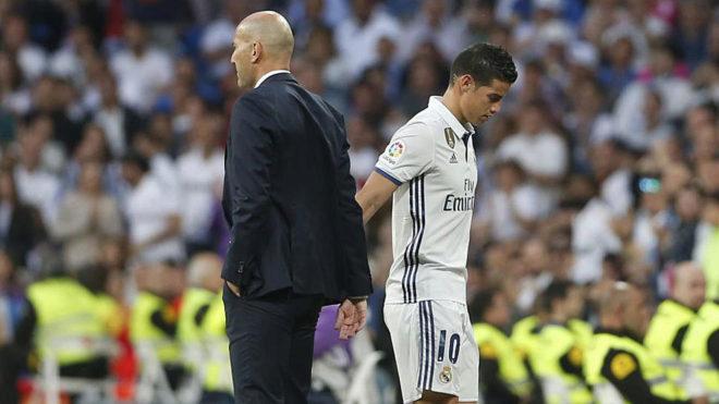 Peforma Pramusim Madrid Buruk, James Tak Dijual