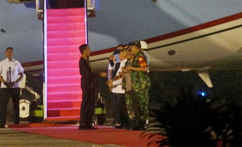 Jokowi Disambut Kabut Asap Setiba di Pekanbaru