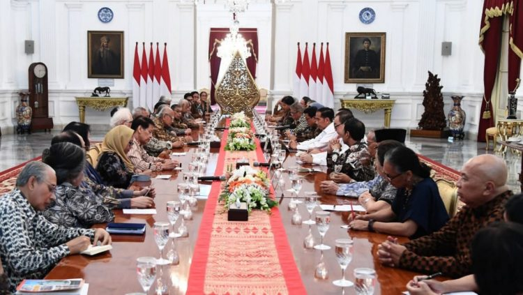 Impeachment Jokowi hanya Gertakan Parpol
