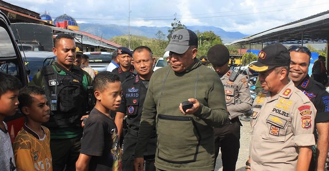 Kapolda Papua Ajak Pengungsi Kembali ke Wamena