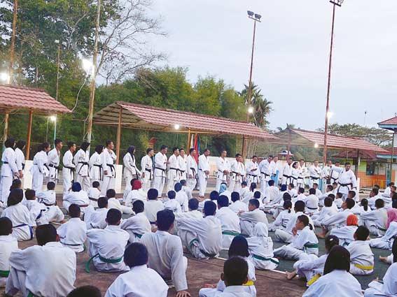 800 Karateka Ikuti Ujian Kyu dan Gashuku Inkanas Riau