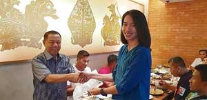 KONI Riau Bantu Biaya Atlet