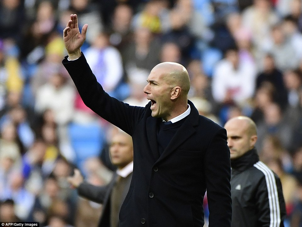 Zidane Kembali Latih Madrid