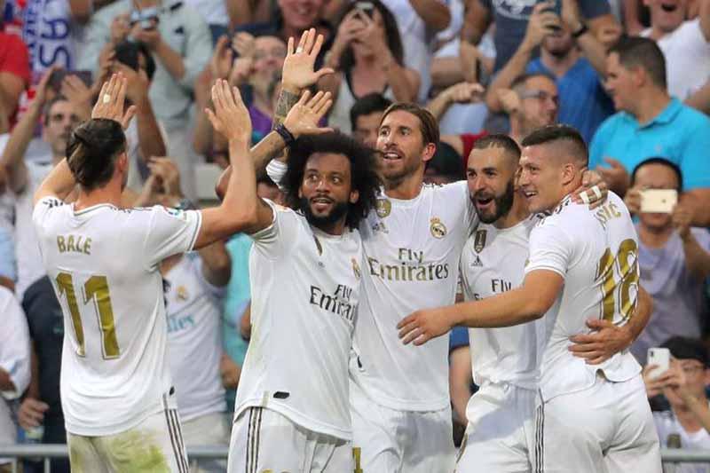 """Paris Tak Anggap Remeh, Madrid """"Berteman"""" dengan Liga Champions"""