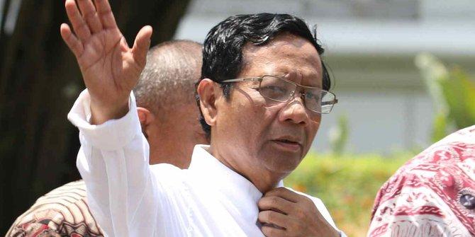 Mahfud Sebut Jokowi Sempat Lapor Kasus Kakap, Namun Dibiarkan KPK