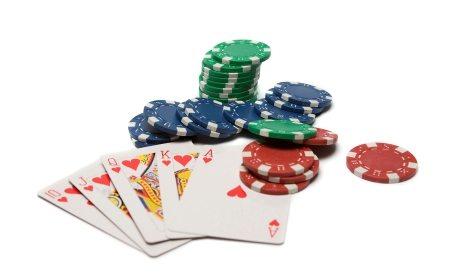 Demi Main Poker Rela Lakukan Curat