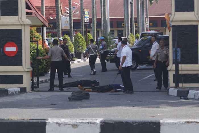 Lima Terduga Teroris di Dumai Dibawa ke Jakarta Pascateror Mapolda Riau