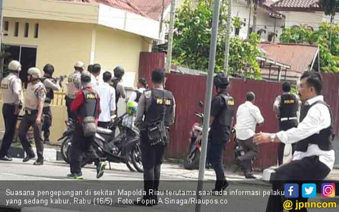 Diduga, Pimpinan Jaringan Radikal Tewas dalam Penyerangan Mapolda Riau