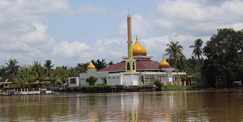 Masjid Nurul Islam Kecamatan Langgam
