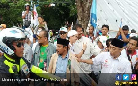 Kalau Tidak Ada Polisi, Pendukung Prabowo Bentrok dengan Massa Jokowi