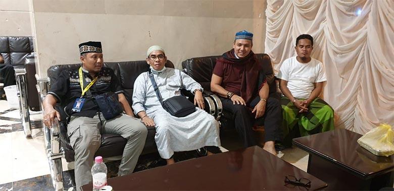 Bupati Kuansing Silaturahmi Dengan Mantan Kapolres di Makkah