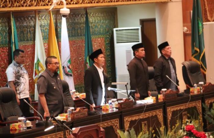 Fitra Riau: Harusnya DPRD Fokus Sejahterakan Rakyat, Bukan Ribut Bagi-bagi Jabatan
