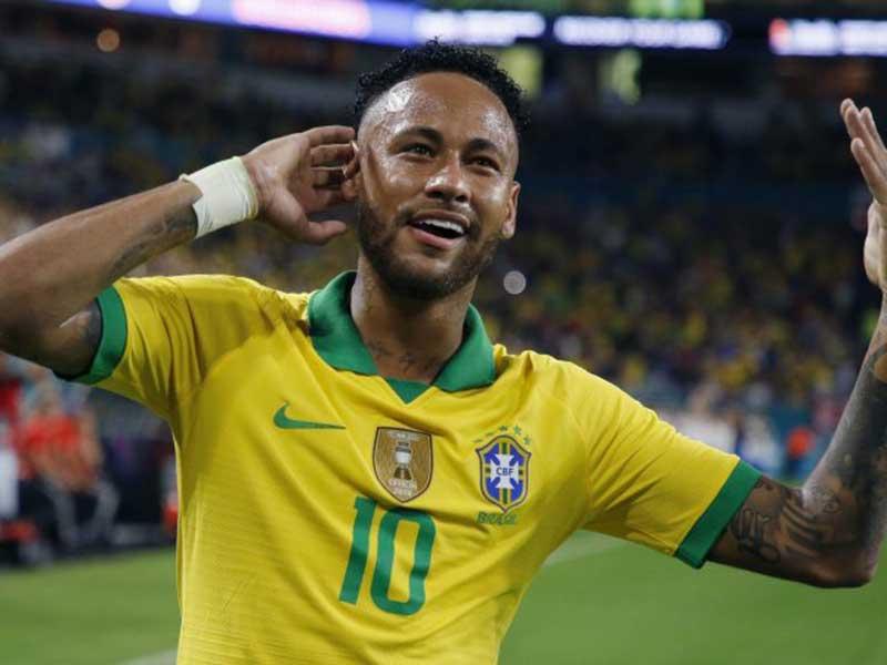 Neymar Sudah Kembali Hebat Bersama Brasil, Kapan dengan PSG?