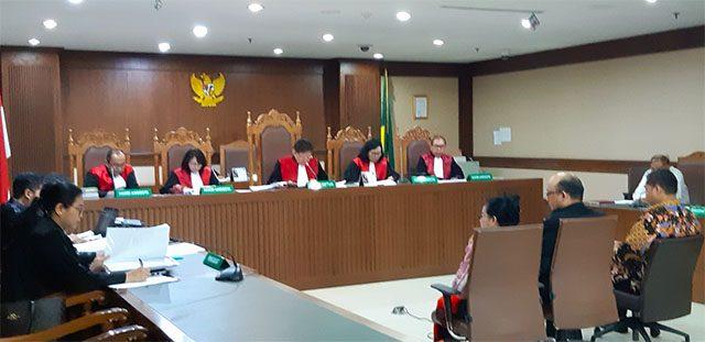 Novel Sebut  6 Anggota DPR  Ancam Miryam S Hariani