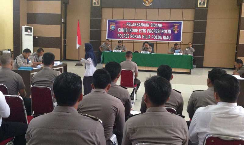 Tiga Oknum Polisi Direkomendasi Pecat