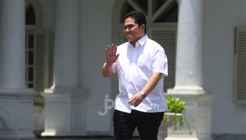 Erick Thohir Panen Pujian Setelah Mencopot Dirut Garuda