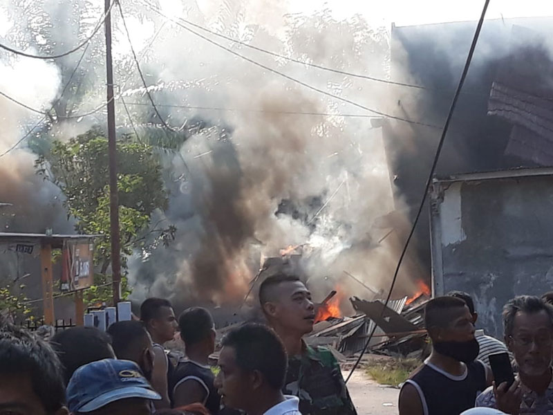 Pesawat Tempur yang Jatuh di Kampar Timpa Dua Rumah Kosong
