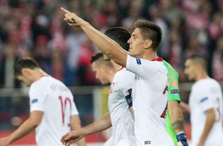 Piatek Bawa Polandia Kalahkan Austria