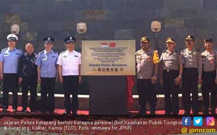 Heboh Plang Kantor Polisi Bersama RI & Cina di Kalbar, Begini Kronologinya