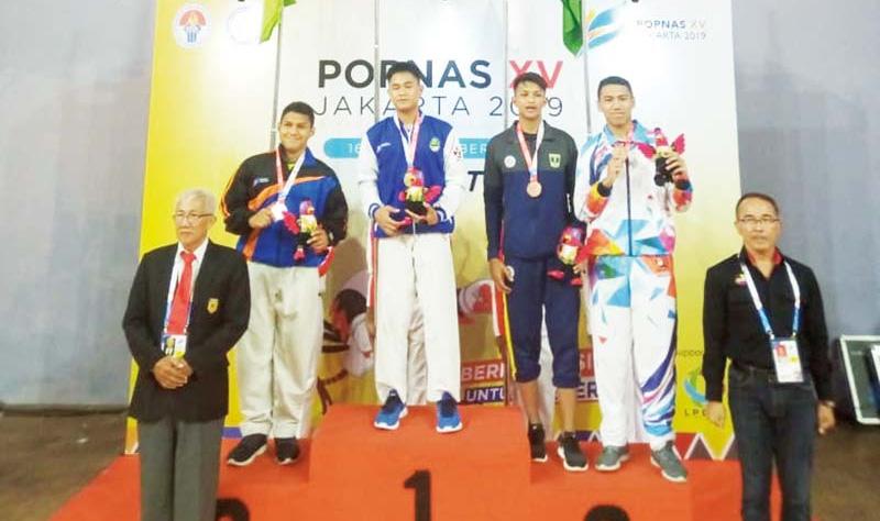 Karate Riau Raih Dua Perak